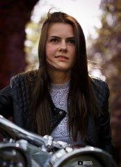 Diana-Motorrad-3-web.jpg
